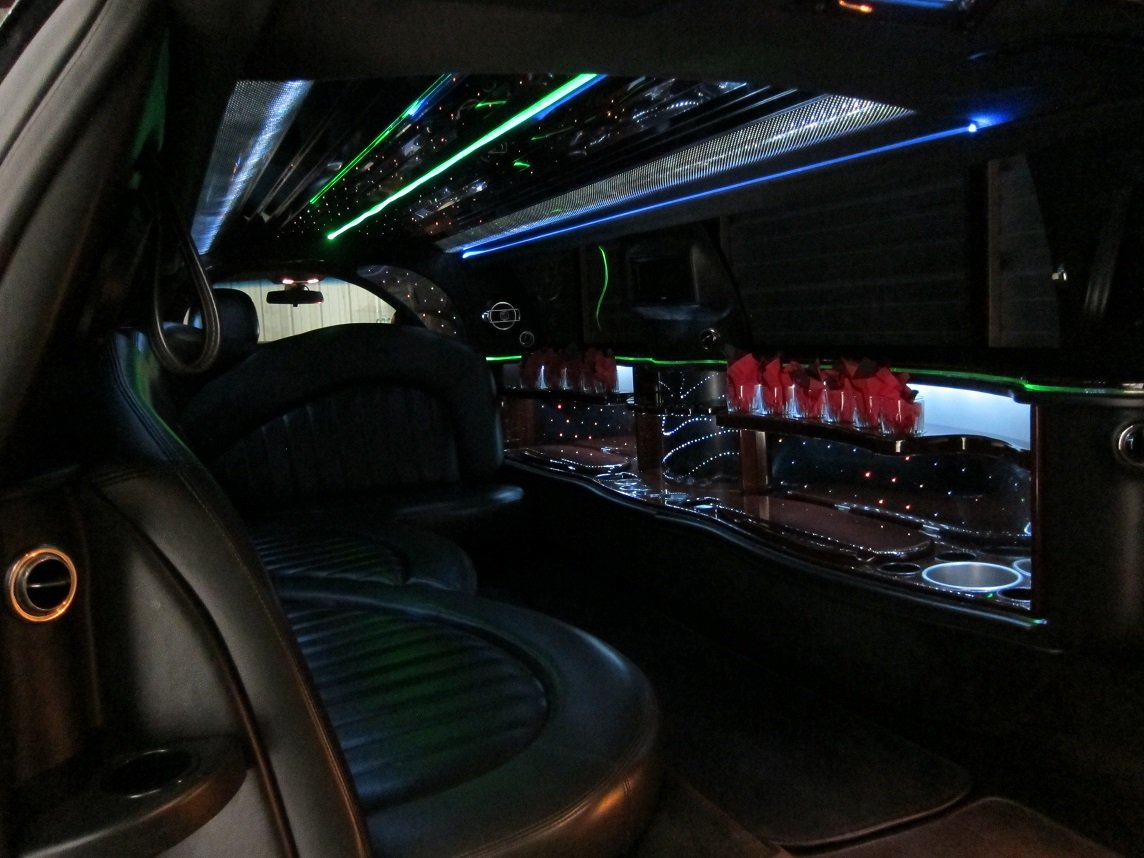 lincoln towncar limo interior